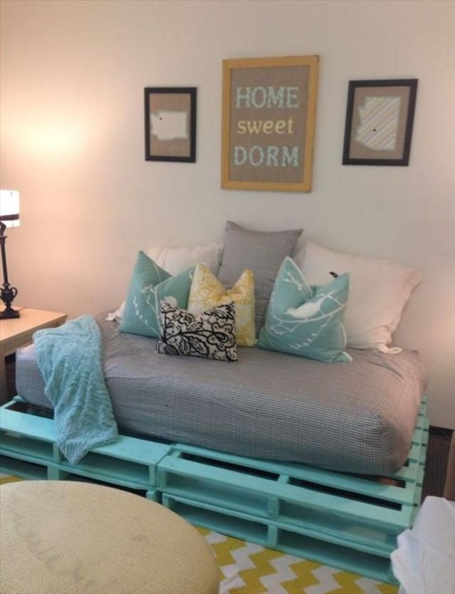 CHEAP FURNISHINGS 20 Cozy DIY Pallet Couch Ideas Pallet - bedroom couch ideas