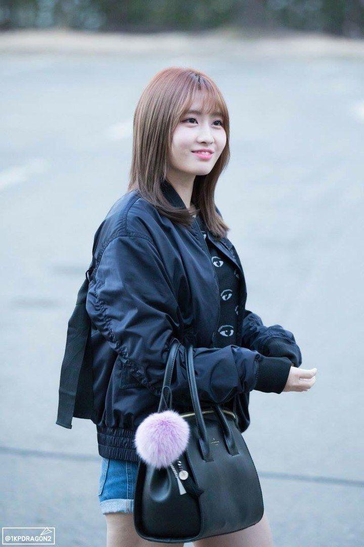 Dahyun Twice Beautiful Girl Wallpaper Best 25 Hirai Momo Ideas On Pinterest Twice Kpop Tzuyu