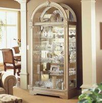 curio+cabinet+decorating+ideas | Modern Curio Cabinet ...