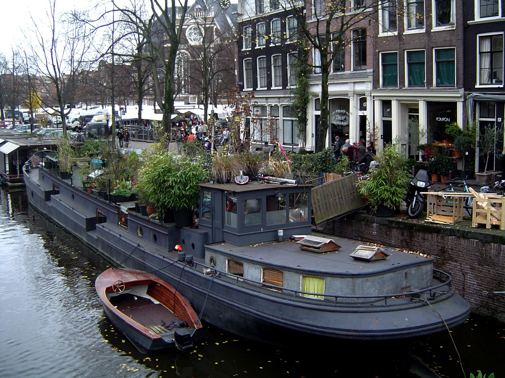 Rent A Boat Amsterdam Houseboat Hausboot Pinterest Dutch Barge Battleship