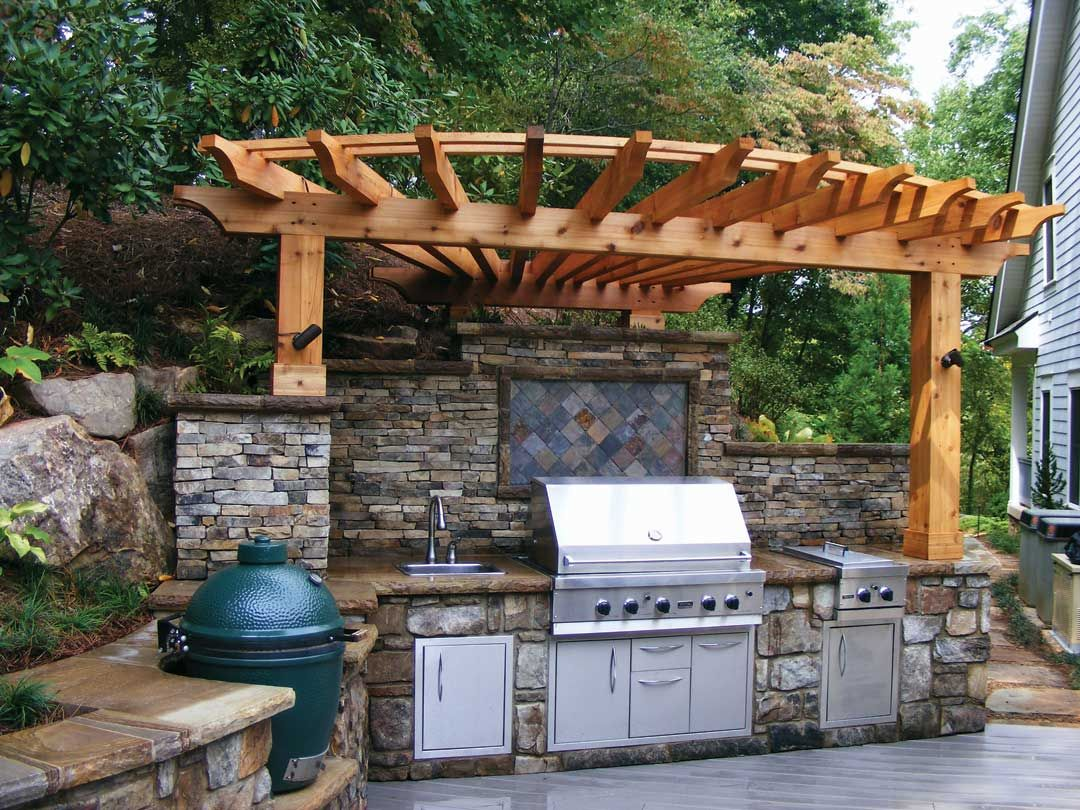 Outdoor Küche Green Egg Outdoor Kitchen With Grill And Big Green Egg Courtesy Of
