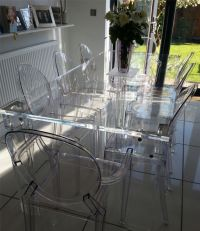 This table is almost crystalline in its clarity, thanks to ...