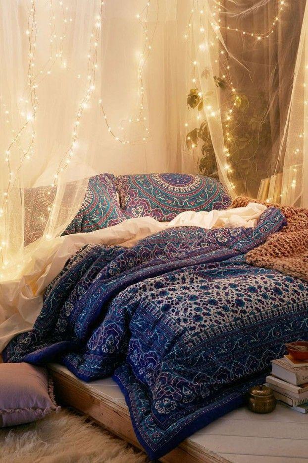 schlafzimmer ideen im boho stil_holzbett dekorieren mit boho chic - 50 schlafzimmer ideen im boho stil