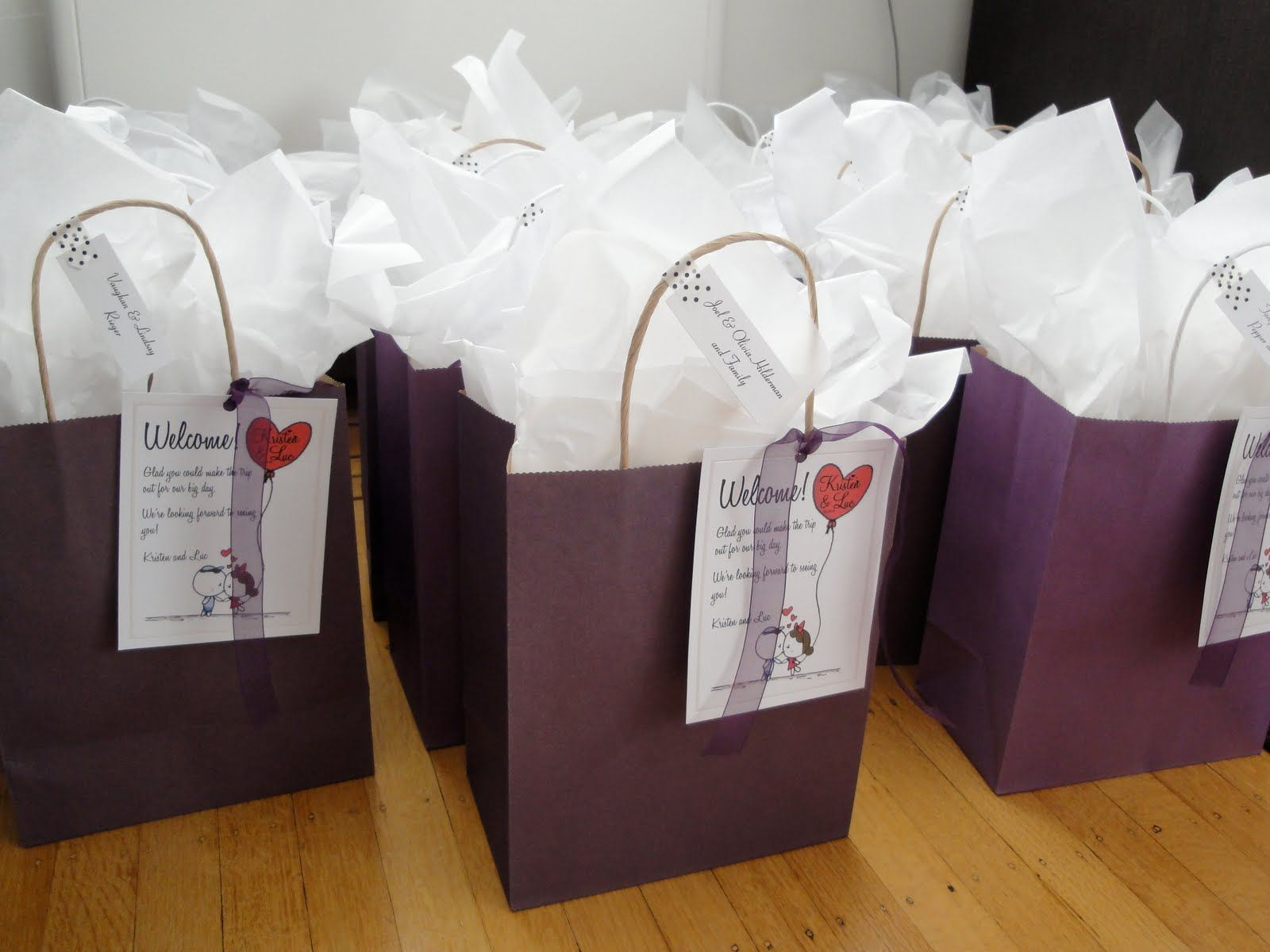 wedding gift bags Wedding Gifts Wedding Gift Bags For Out Of Town Guests Extraordinary What Do You Put In Gift Bags For Out Of Town Wedding Guests For Your Dresses And