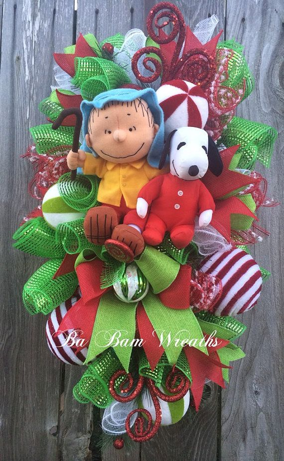 Peanuts-christmas-decorations-64 snoopy christmas wreath charlie - peanuts outdoor christmas decorations