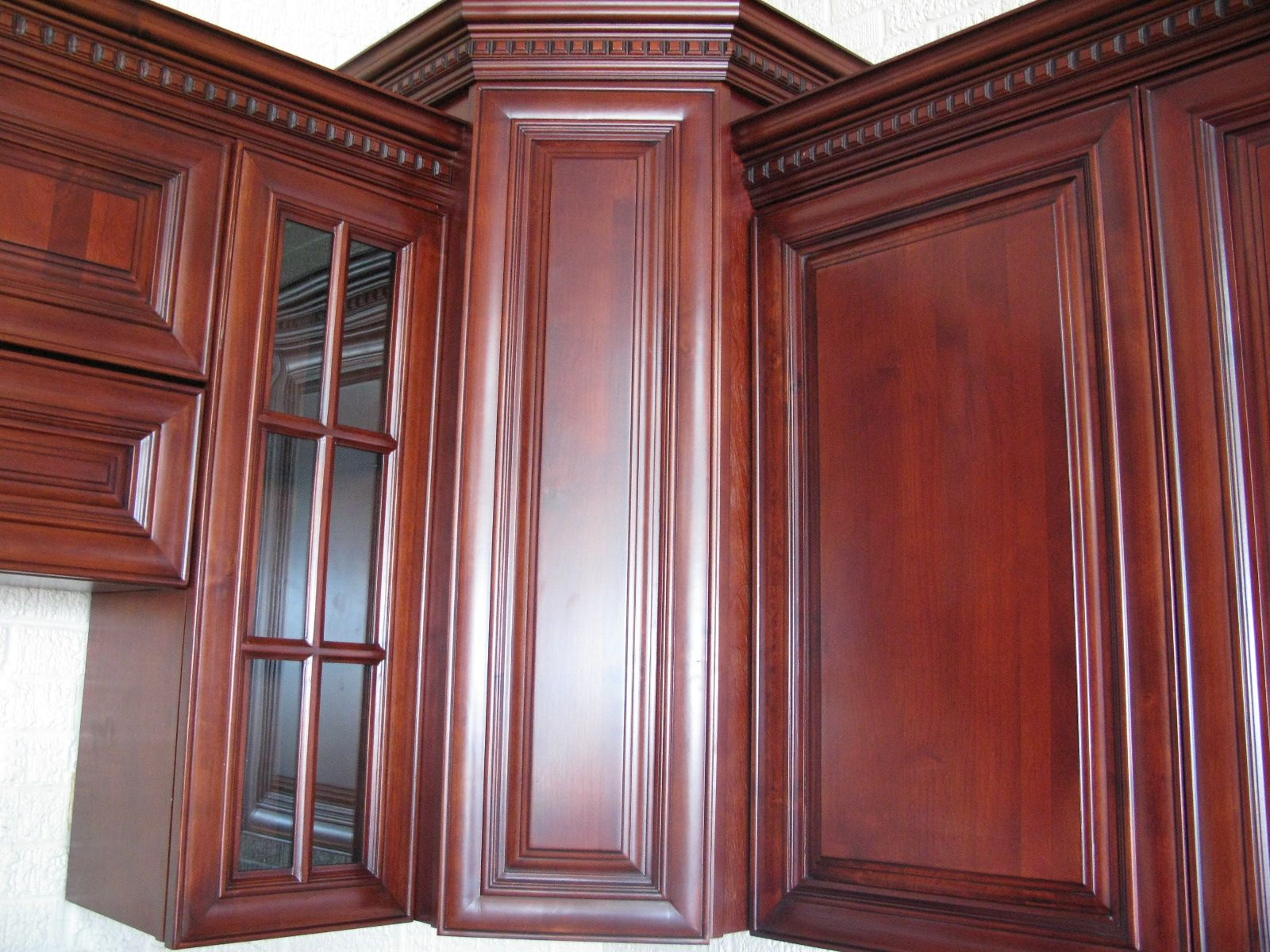Cherry Kitchen Cabinet Doors Cherry Maple Cabinets Crown Molding With Dentil Detail