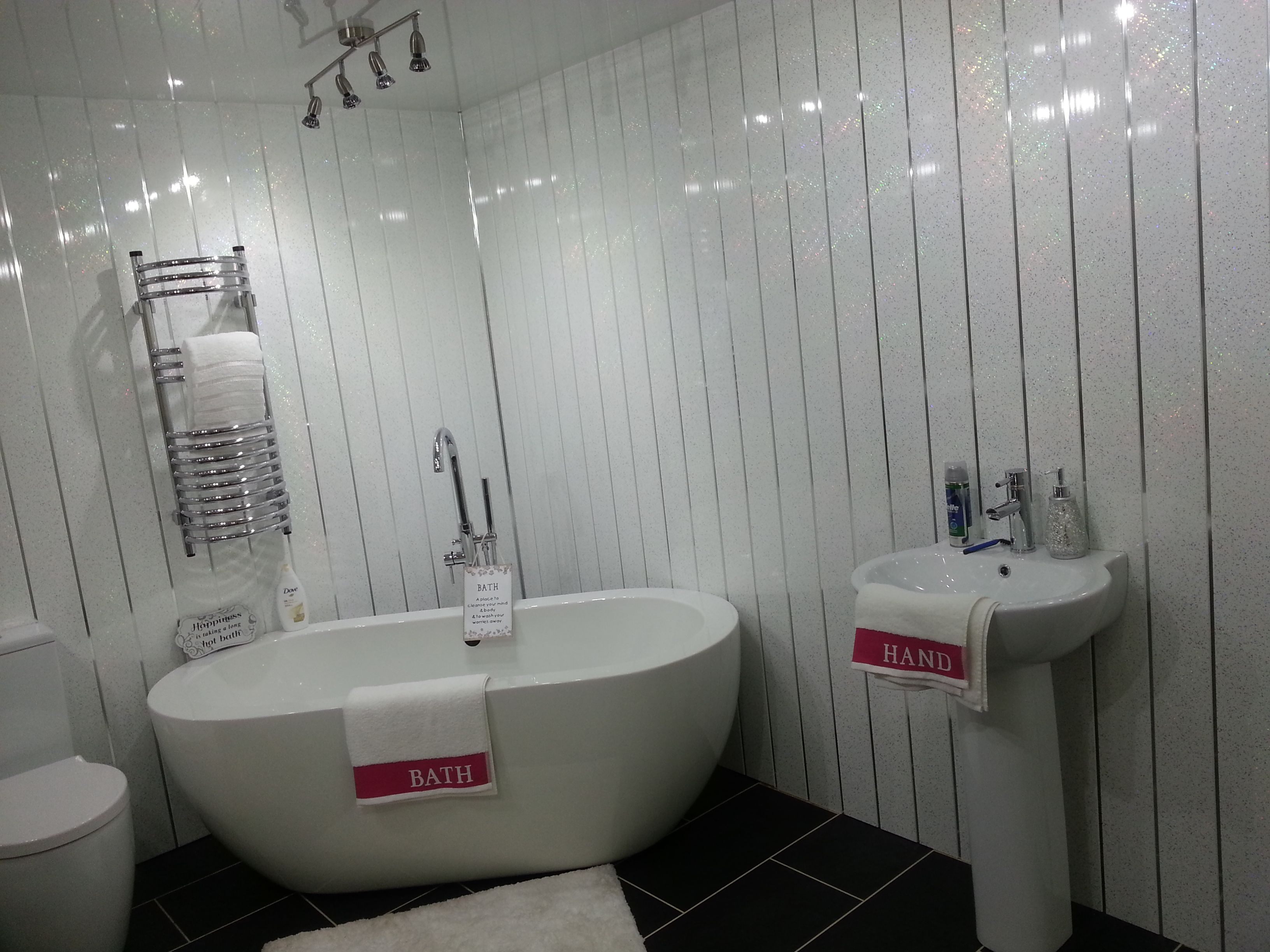 Uk wide delivery on a huge selection of decorative pvc wall panels for all areas of the home including bathrooms showers and kitchens