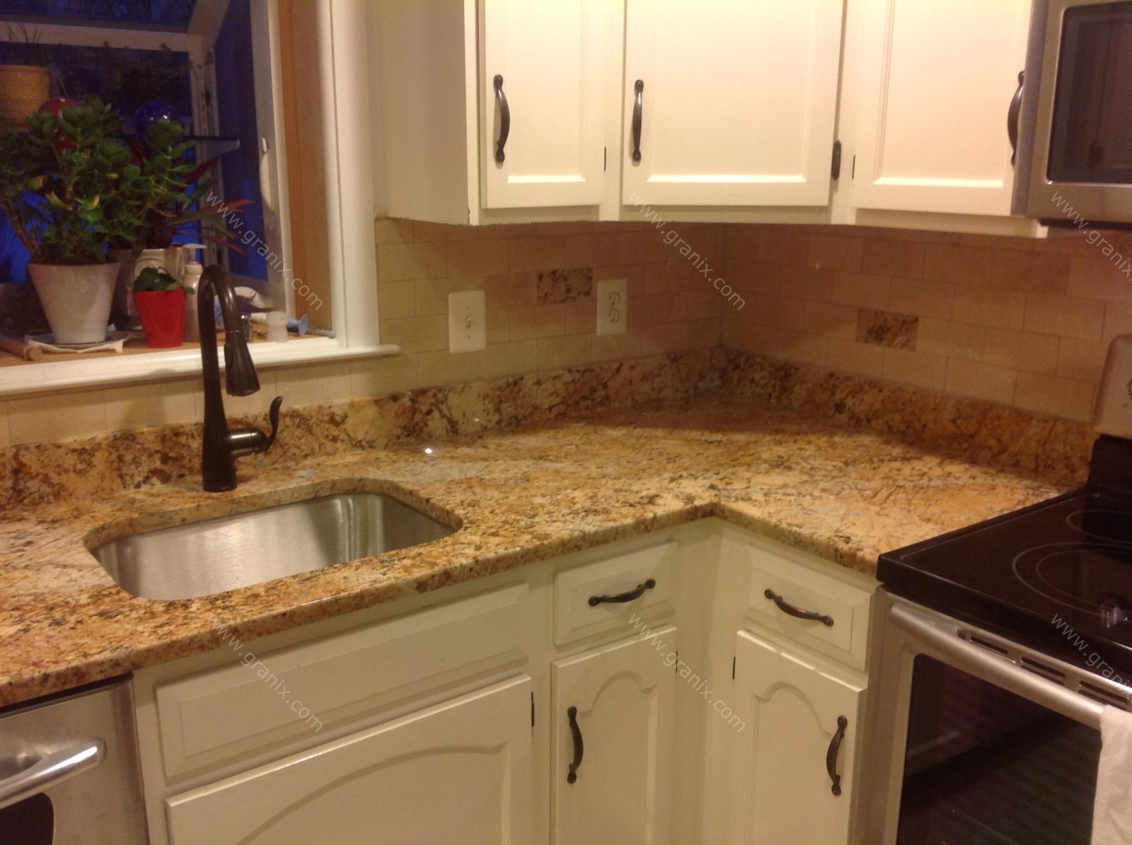 Ideas For Kitchen Backsplashes With Granite Countertops Mac S Before And After Solarius Granite Countertop