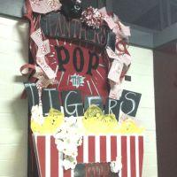High School Homecoming door decorations | STUCO/Homecoming ...