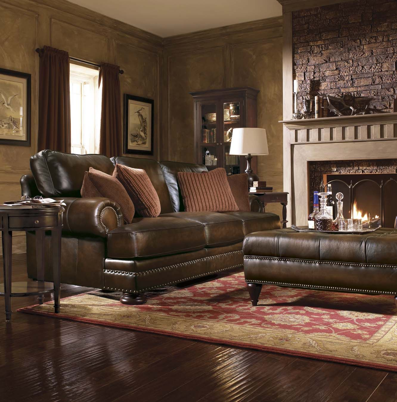 Leather Furniture Decorating Ideas Leather Sofa Tips To Decorate Your Living Room Http
