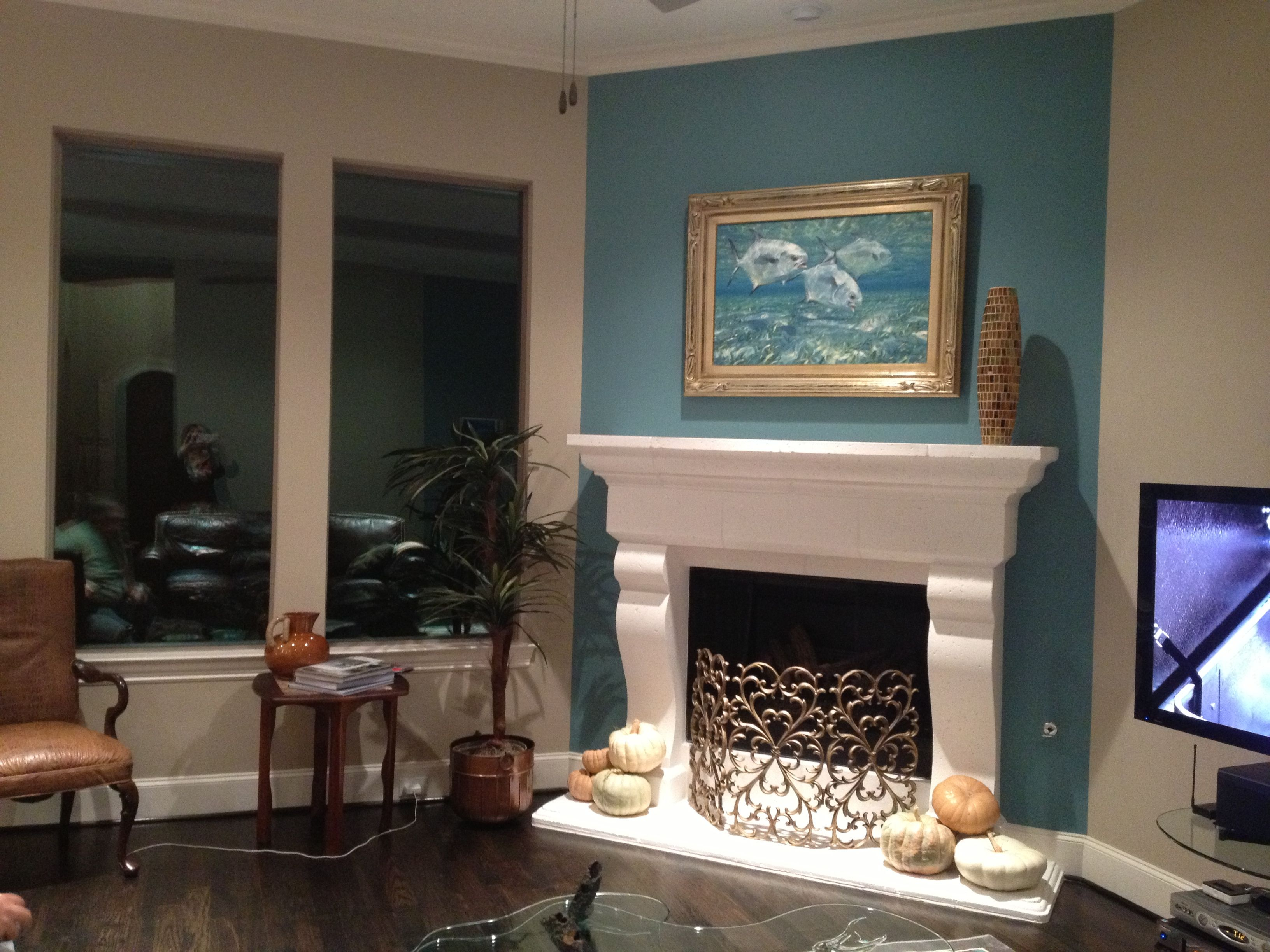 How To Decorate Fireplace Wall Fireplace Accent Wall Complements Painting Interior
