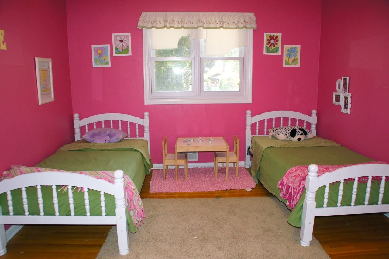 Astonishing shared kids room designs to check out feminine pink shared kids room design with girls shared bedroomskid