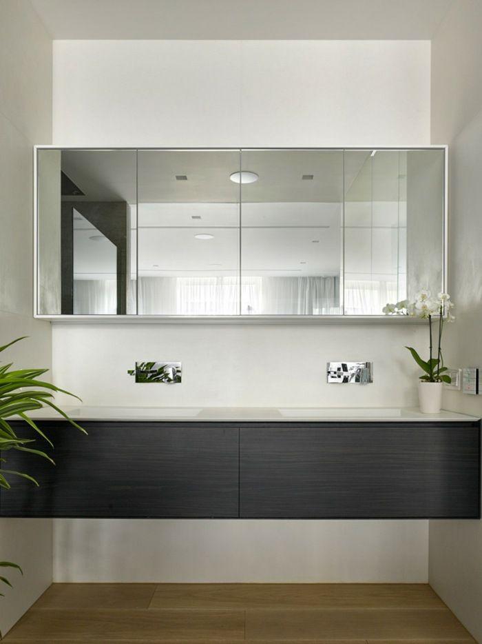 Wohnung Design - Eine moderne Konsole im Badezimmer mit - badezimmer konsole