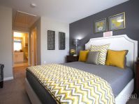 We love this yellow & gray palette in this #bedroom ...