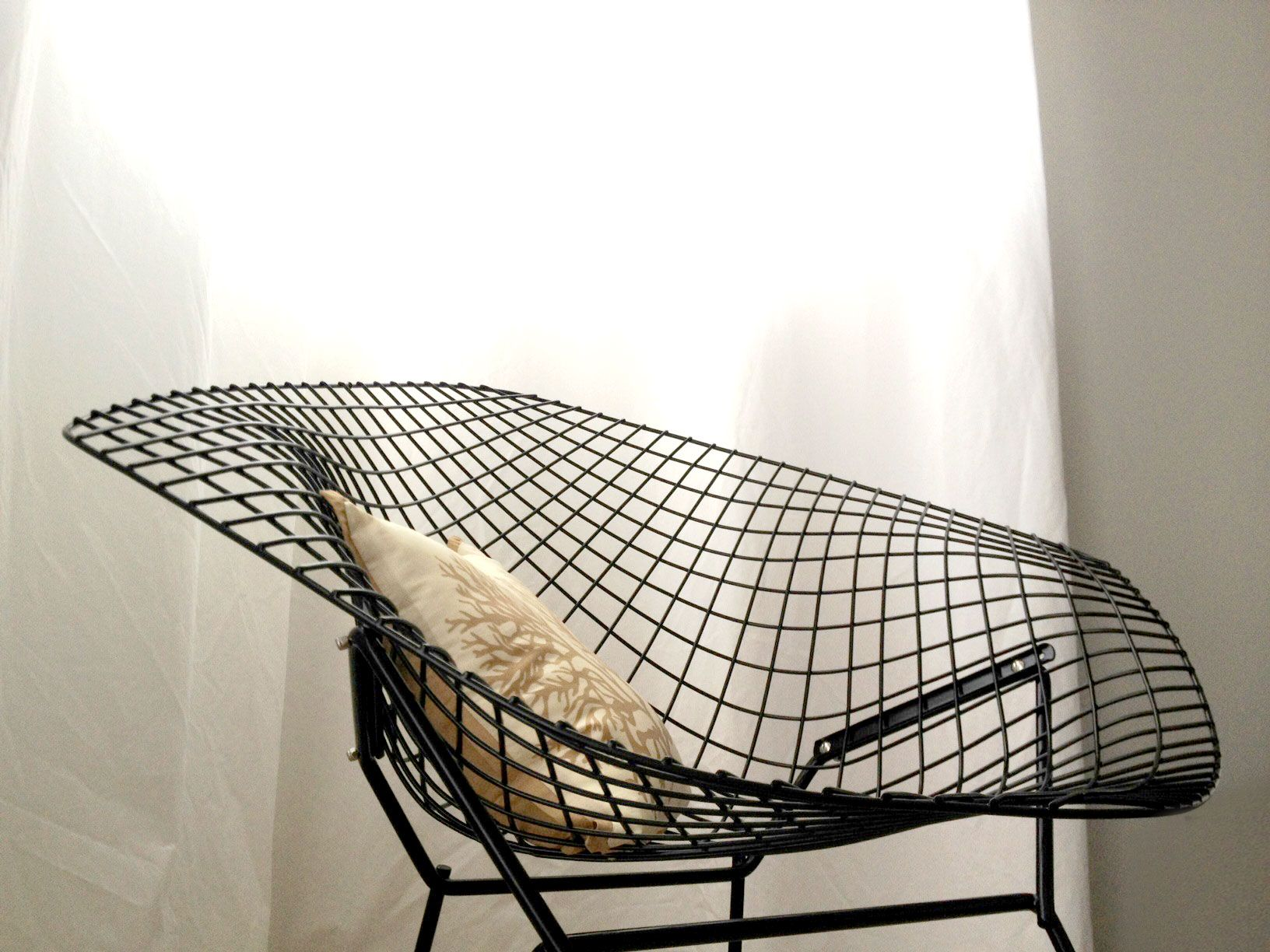 Our new chair vintage bertoia diamond chair black