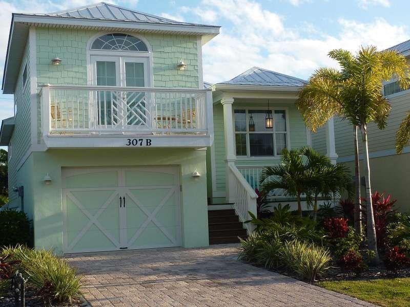 key-west style homes Key West Style Home  - key west style home decor