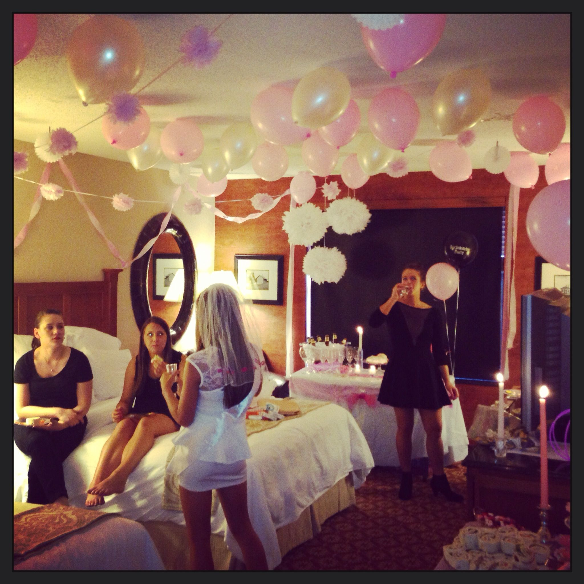 Decoration Hotel Best 25 43 Hotel Bachelorette Party Ideas On Pinterest