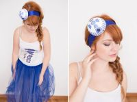 This Easy R2D2 Costume Is the Cutest Star Wars Costume