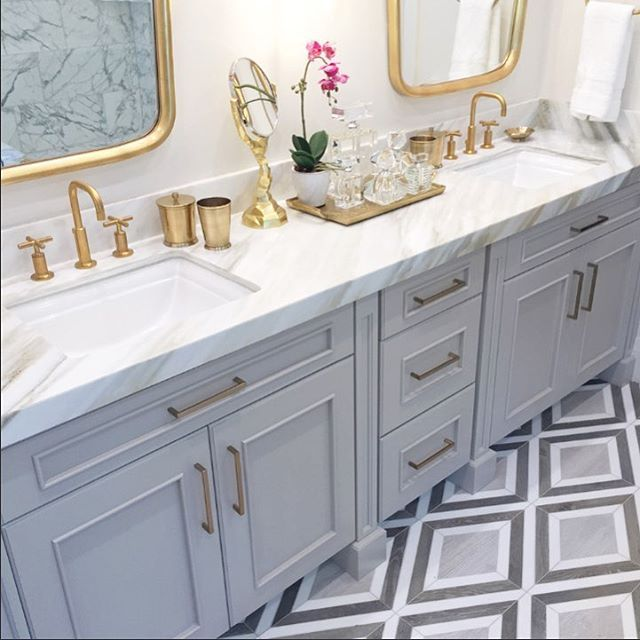 Bathroom Goals - love the design of this grey \ white bathroom - gray and white bathroom ideas