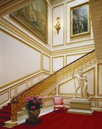 Ministers' Landing & Staircase Buckingham Palace | Castles ...