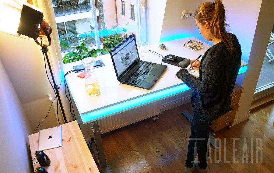 A Versatile Smart Desk With Ambient Light For Your DIY Project - led schreibtisch tableair bilder app