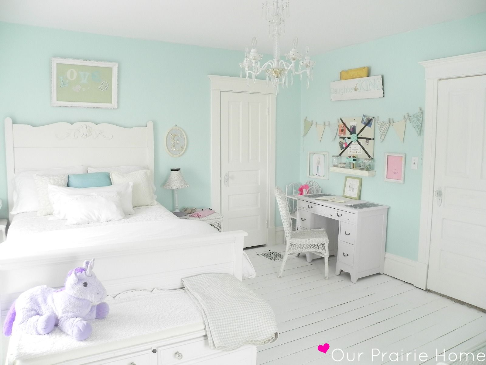 White Bedroom For Girl Mint Girl 39s Room I Want To Do C 39s Room With White Washed