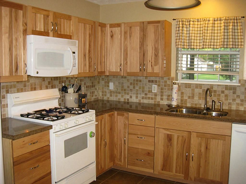 kitchen cabinets and countertops Hickory Kitchen Cabinets With Granite Countertops