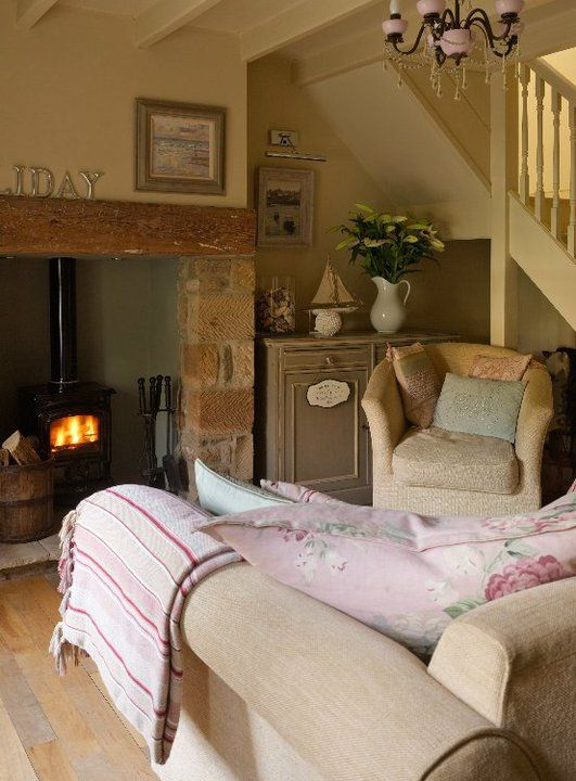 Living room, Lavender Cottage I like the idea of installing a - cottage living room ideas