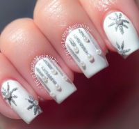20 Cool Snowflake Nail Art Designs | Snowflake nail art ...
