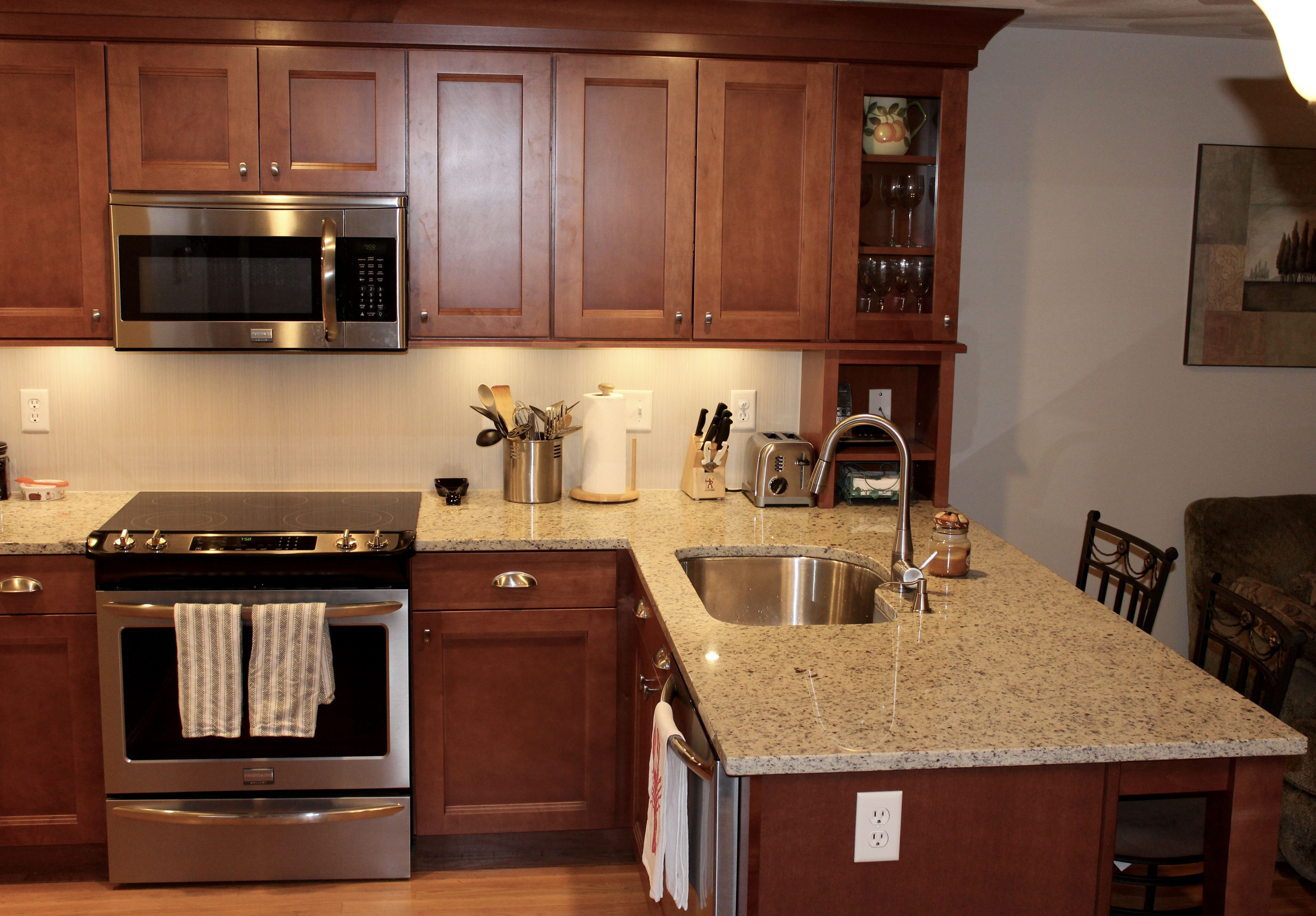 Maple Kitchen Cabinets With Marble Countertops Shaker Kitchen Cabinets In Maple Cognac Glass Kitchen