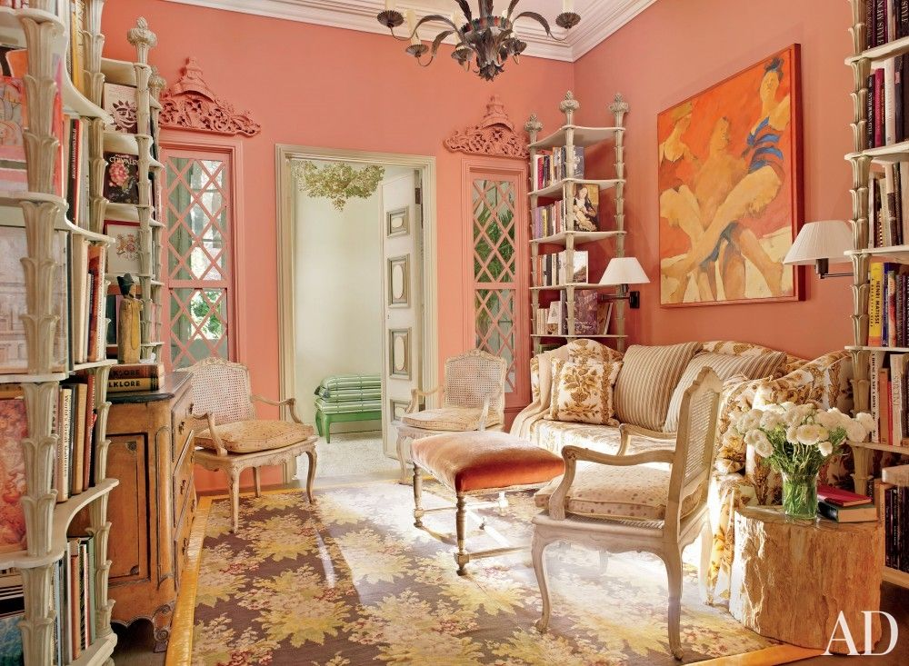 New Orleans Home Tour A 1840u0027s Home with Impeccable Style Peach - peach living room