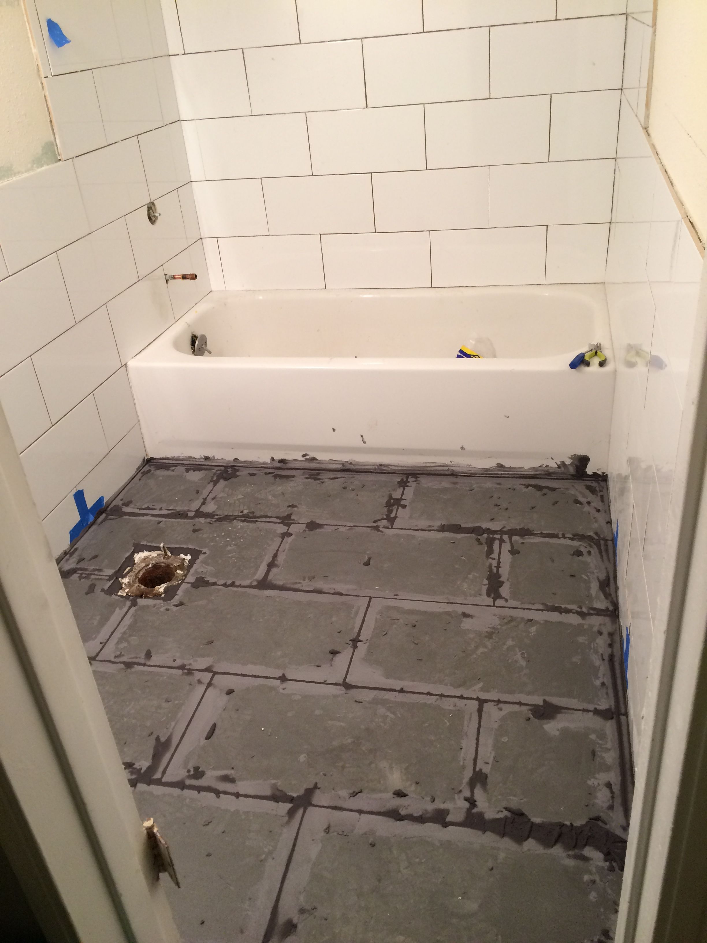 Gray White Bathroom Tile Floor Grout 8x16 White Subway Tiles By 39bloc 39 12x24 Grey