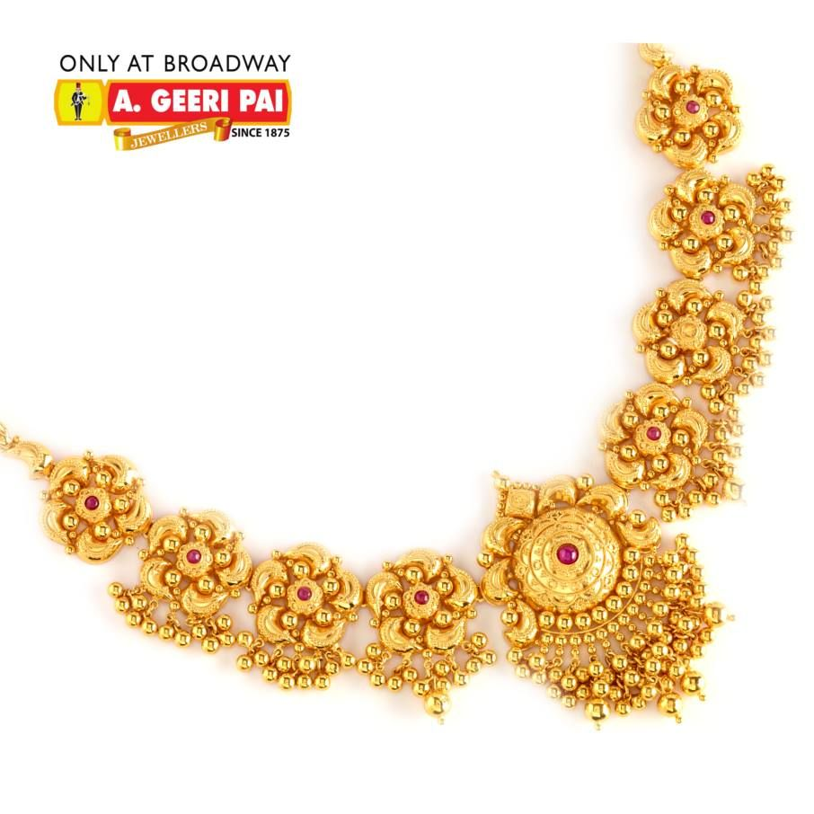 Indian jewellery and clothing beautiful short floral design 22 carat gold neckla