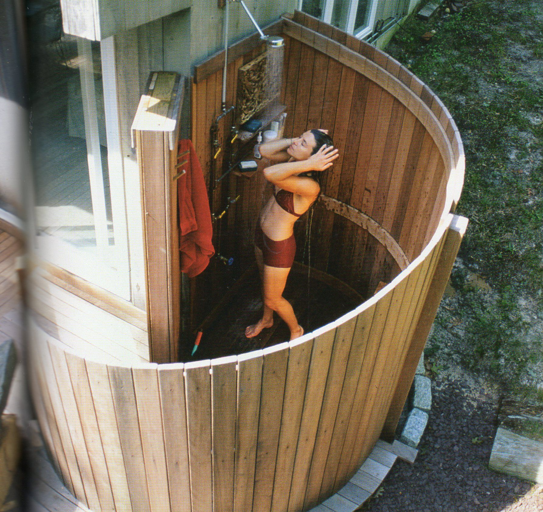 Bamboo Outdoor Shower Enclosures Outdoor Shower Love The Round Fenced Wall Outdoor Living