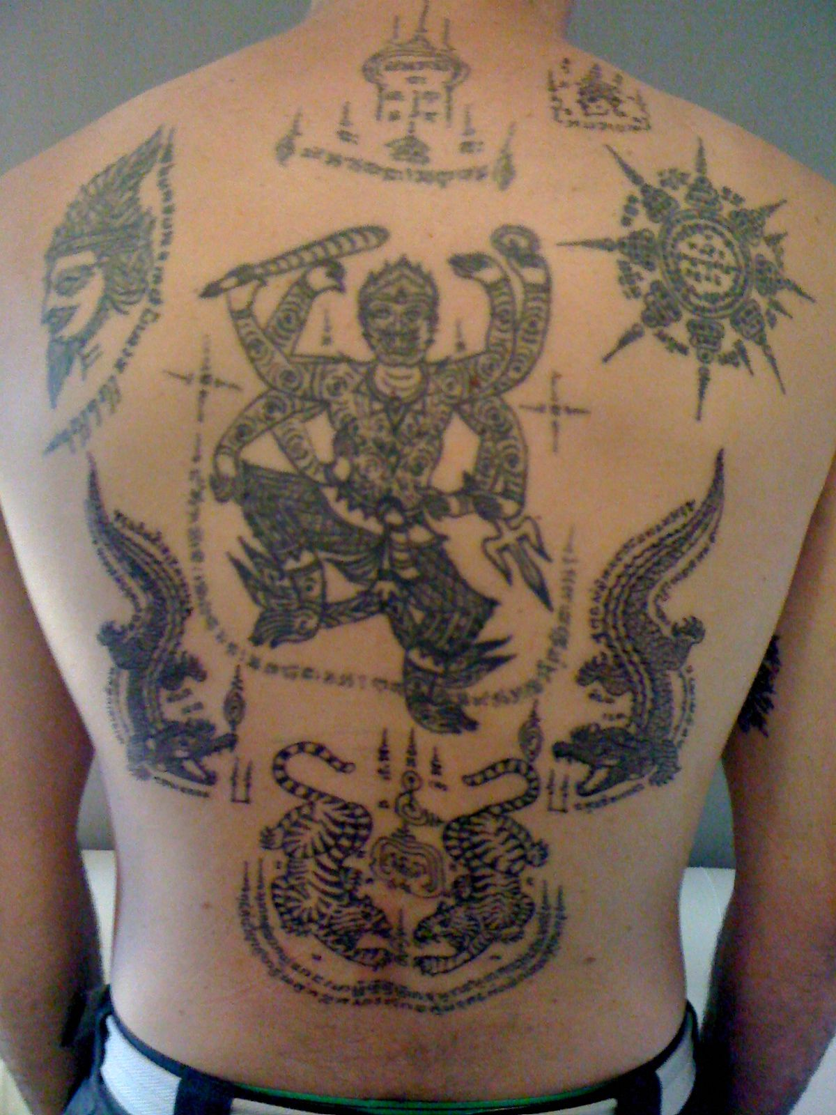 Sak yant buddhist tattoo the real experience in thailand