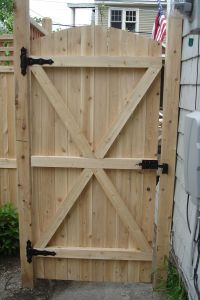 Exterior Decorating. Charming Fence Gate Designs To Take ...