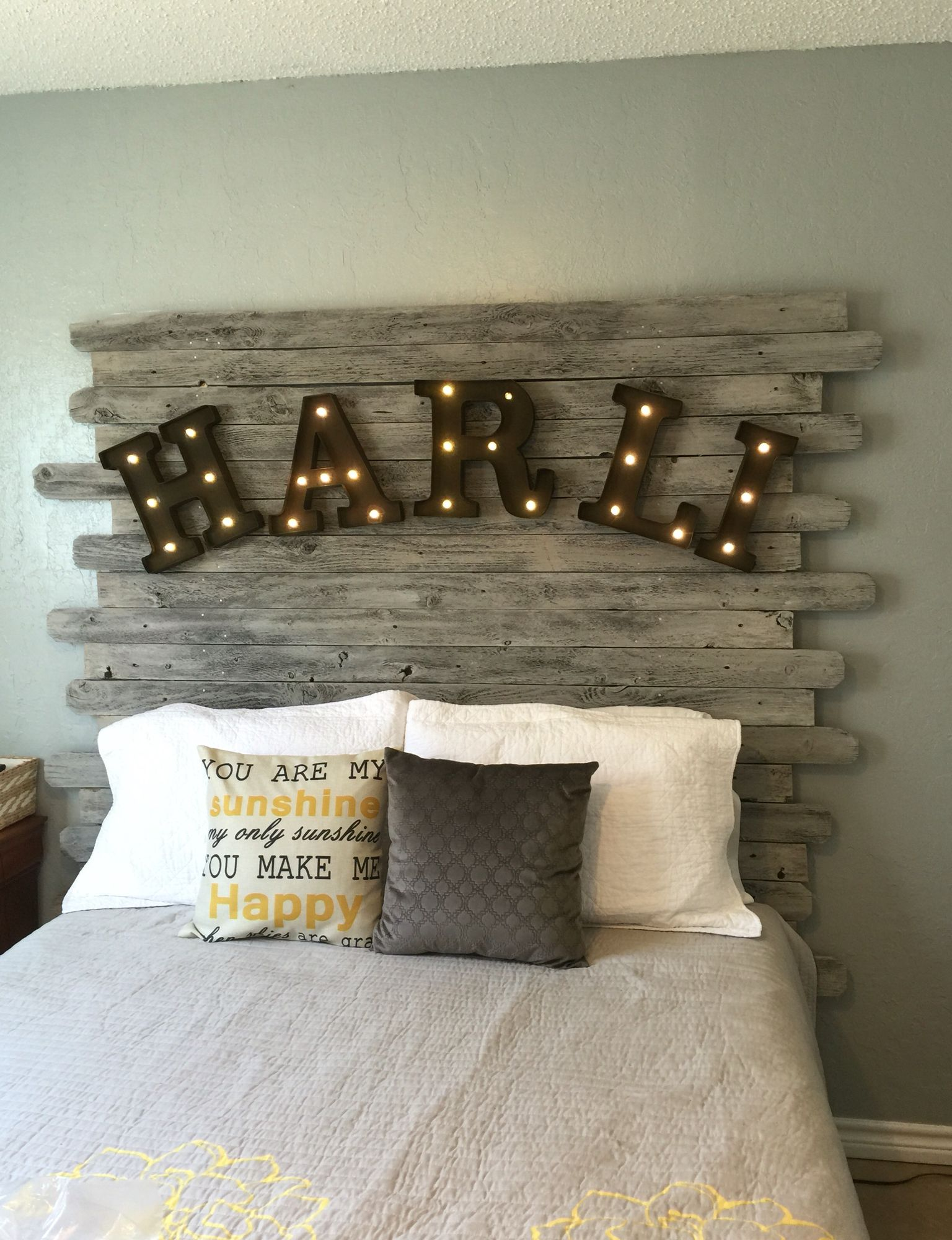 Lights Over Headboard Diy Recycled Wood Fence Panel Headboard Whitewashed With