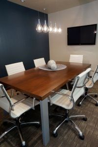 Modern, boardroom design by Hatch Interior Design, Kelowna