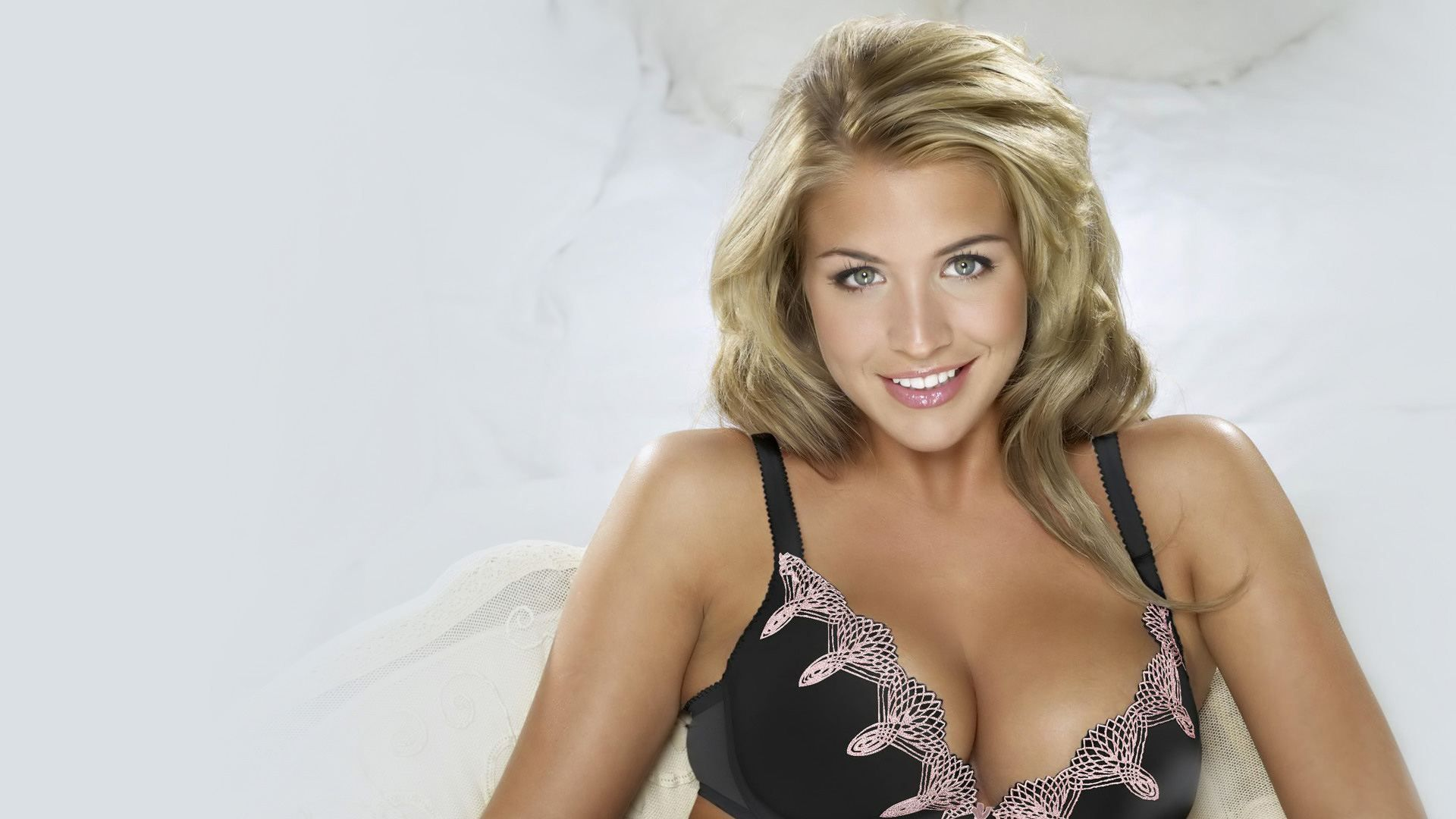 Cute Love Hd Wallpapers For Mobile Phones Gemma Atkinson Jpg 1920 215 1080 Gemma Atkinson