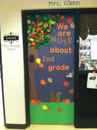 Fall classroom door | My creations | Pinterest | Fall ...