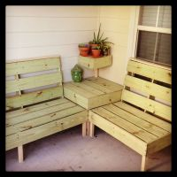 DIY patio furniture. I think this may be the perfect size ...