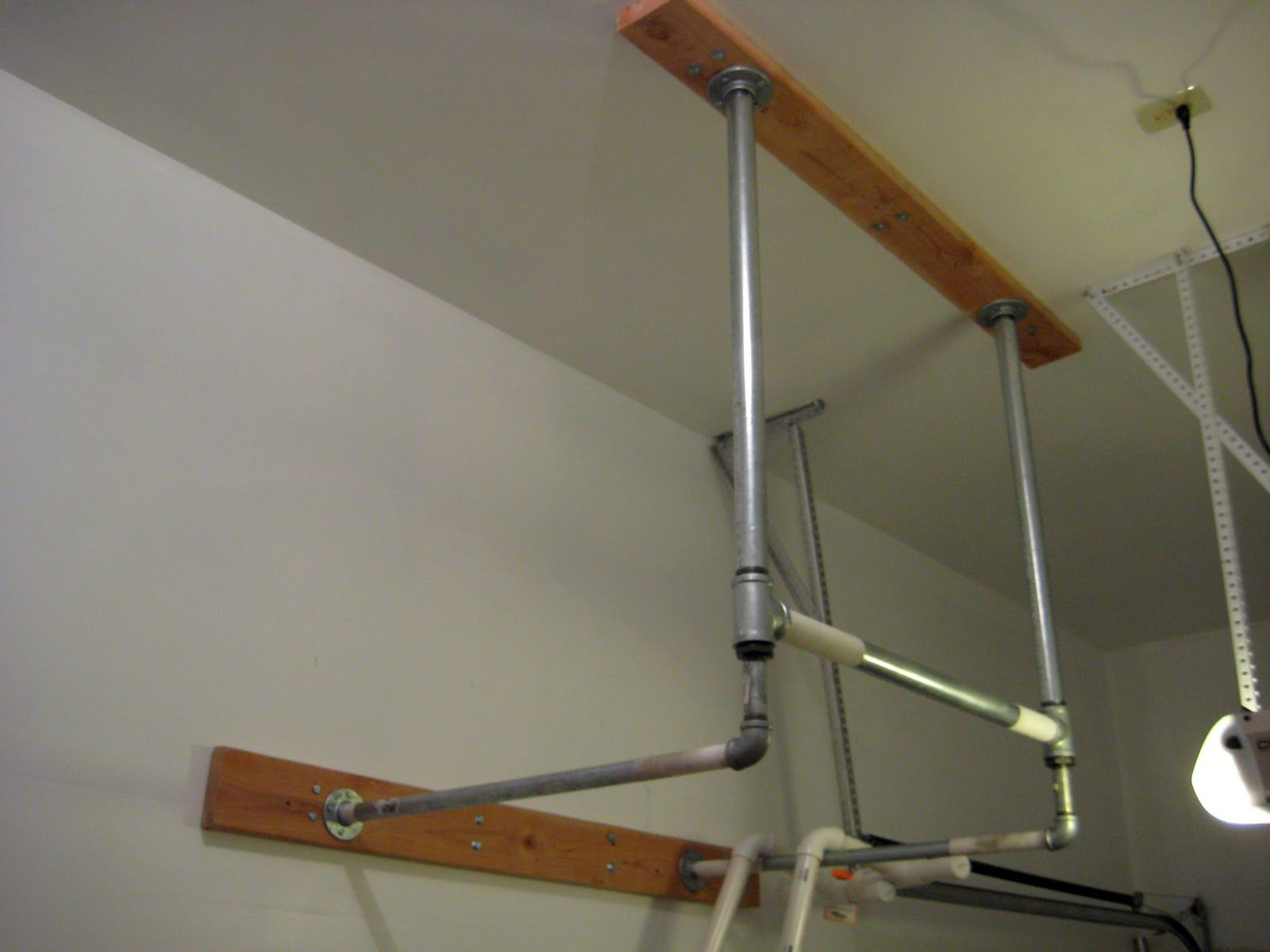 Diy Garage Gym Equipment Pull Up Bar Homemade Garage Pinterest Homemade