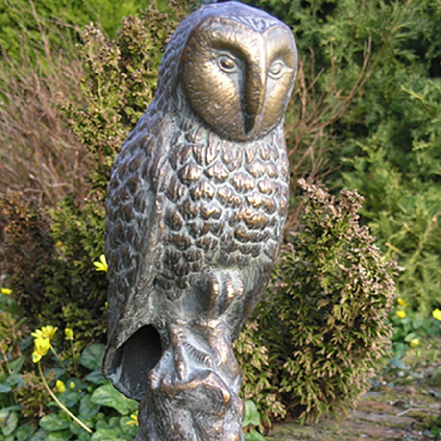 The range of garden ornaments for the lawn or flowerbed include