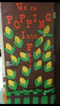 Fall Door Decorations For Classroom | Decoratingspecial.com