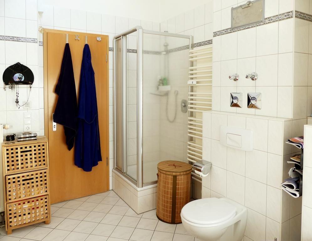 Helles Bad mit Duschkabine #Bad #Badezimmer #Einrichtung Schöne - badezimmereinrichtung