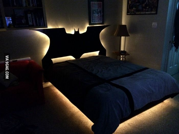 Custom Batman headboard Bedroom Beach Theme Pinterest Batman - batman bedroom ideas
