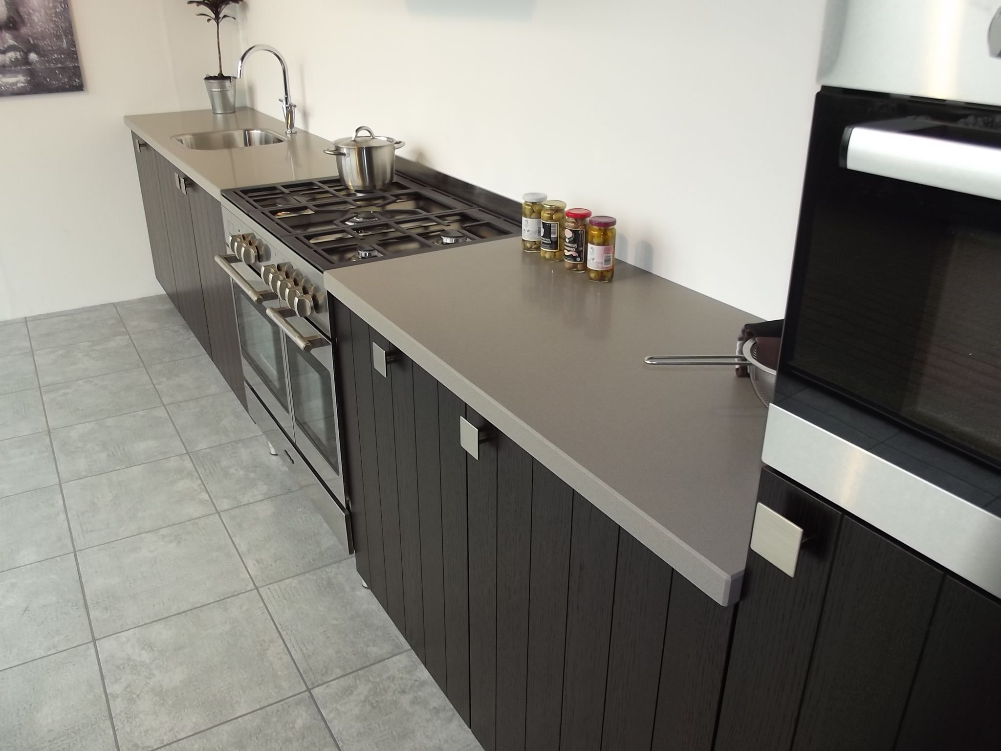 Betonlook Blad Keuken Kitchen Ideas On Pinterest Vans Showroom And De Stijl