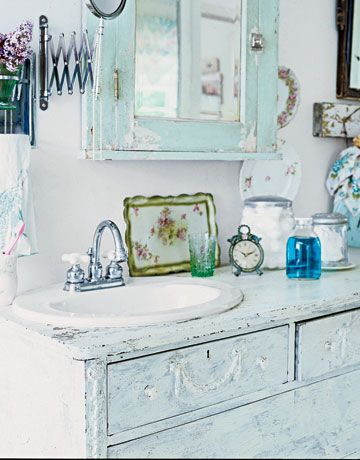 Beautiful Bathroom Ideas Chic bathrooms, Romantic shabby chic - shabby chic bathroom ideas