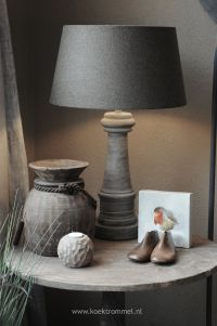 End Table Decor. Side Table in Living Room Decor ...