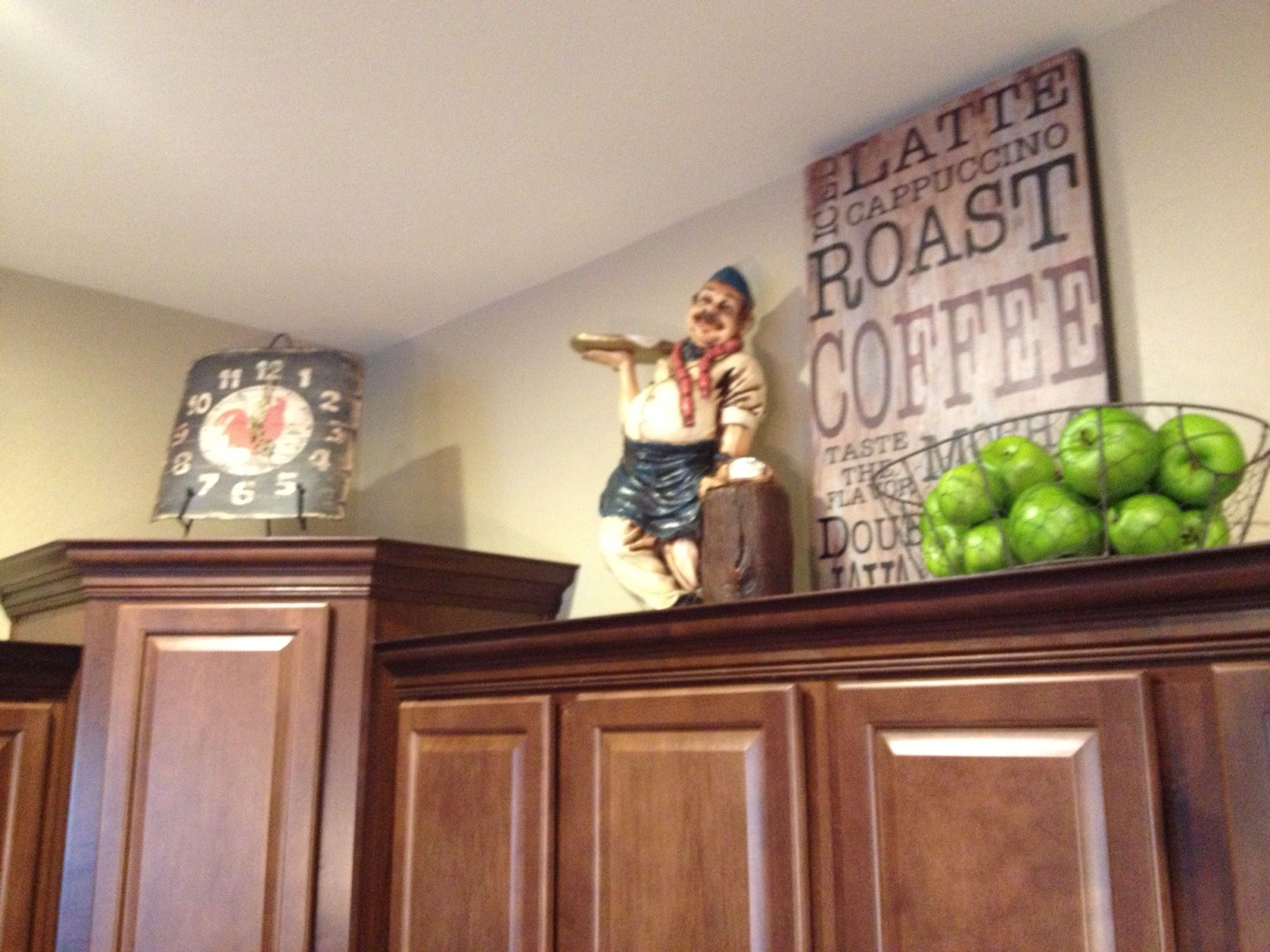 Ideas For Decorating Above Kitchen Cabinets Above Cabinet Decor I Want To Make That Cute Coffee Sign